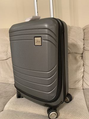 SKYWAY LUGGAGE CARRY ON for Sale in Flower Mound, TX