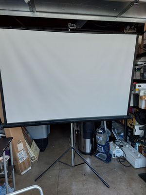 "Quartet Projection Screen with Tripod Stand 67"" W x (Six Adjustable Height Options: 70.5"" H or 67.5"" H or 60"" H or 52.5"" H or 43.5"" H or 35.5"" H) for Sale in Spring Valley, CA"