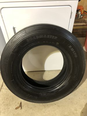 Rv tire for Sale in New Douglas, IL