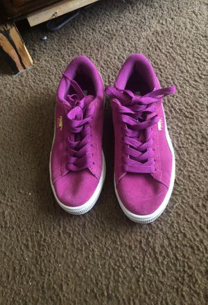 Women's Puma Sneakers size 7 for Sale in Columbus, OH