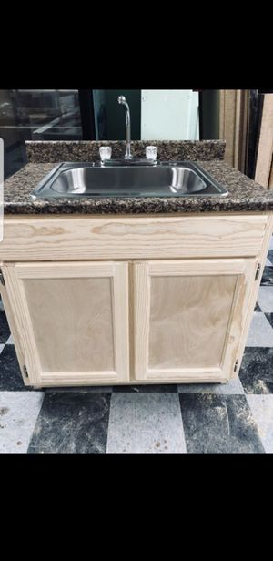 "Kitchen cabinet 36"" for Sale in Paramount, CA"