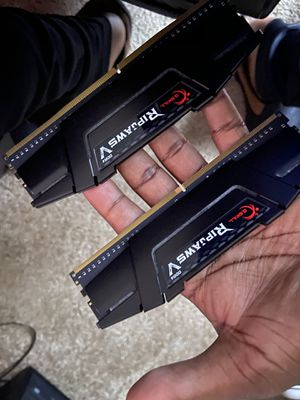 DDR4 Ripjaws 2 8gbs RAM 3600 for Sale in Pacheco, CA