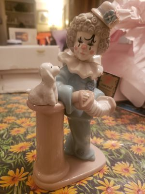 Torralba Porcelain Figurine Young Girl Clown w/ Puppie Made in Spain for Sale in San Antonio, TX