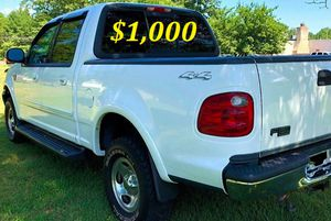 🟢💲1,OOO For sale URGENTLY this Beautiful💚2002 Ford F150 nice Family truck XLT Super Crew Cab 4-Door Runs and drives very smooth V8🟢 for Sale in Portland, OR
