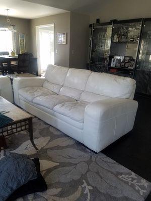 White leather sofa, love seat and chair $600 for all 3 pieces. Great condition. No holes tears or cats. OBO. U pick up. Call {contact info removed} for Sale in Mount Prospect, IL