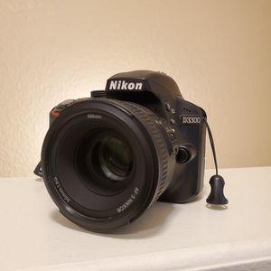 Nikon d3300 for Sale in Del Valle, TX