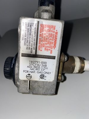 White Rogers water heater gas control valve for Sale in Walton Hills, OH
