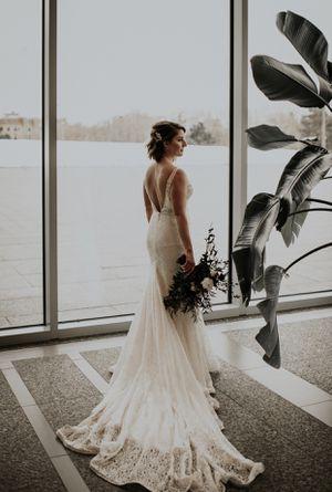 Mikaella 2100 Wedding Dress for Sale in Kennesaw, GA