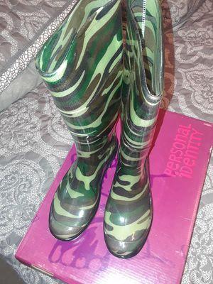 Rain boots for Sale in Richmond, VA