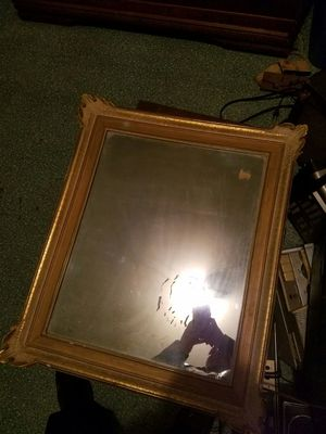 Vintage gold finish mirror for Sale in Cleveland, OH