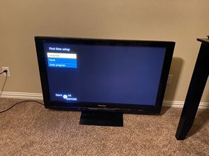 55 Inch Panasonic Plasma TV with remote for Sale in Addison, TX