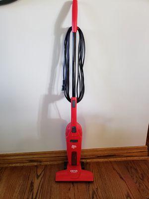 Versa Clean Corded Stick Vacuum for Sale in Glendora, CA