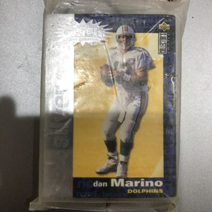 Upper Deck Dan Marino You Crash The Game Pack for Sale in San Diego, CA