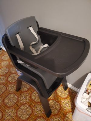 Nuna high chair for Sale in Newberg, OR
