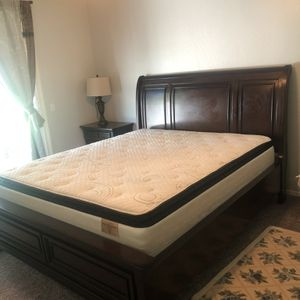 Cal King Complete Bed Set With Mattress Dresser for Sale in Visalia, CA