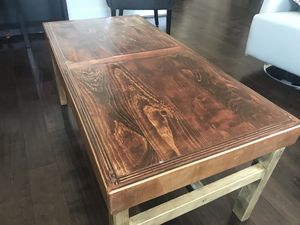 Coffee table for Sale in Ashburn, VA