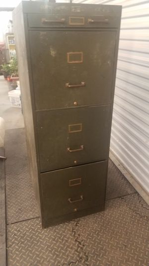 Filing cabinet for Sale in Las Cruces, NM