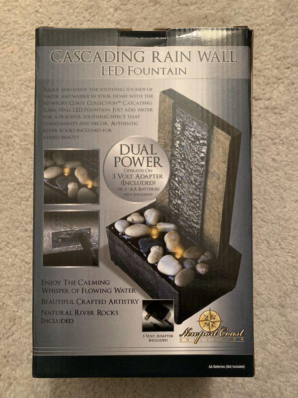 Cascading rain wall LED fountain