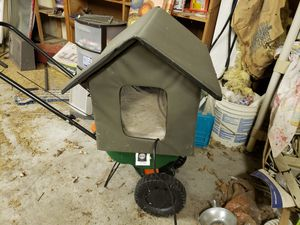 Heated cat house or small dog house for Sale in Kansas City, MO