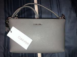 Calvin Klein cross body purse for Sale in Porter, TX