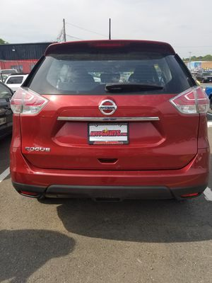 Nissan Rogue clean Carfax beautiful condition one owner for Sale in Manassas, VA