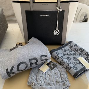 Michael Kors Shoulder Bag Large Multicolor Leather Tote, Michael Kors sweater available in size large or XLarge, , Michael Kors hoodie one size fits a for Sale in Pico Rivera, CA