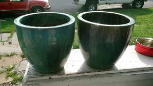 Real nice thick heavy duty glazed flower pots for Sale in Hannibal, MO