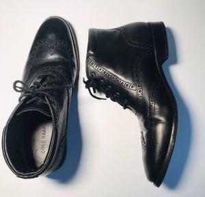Cole Haan men's size 10 black wingtip boots dress ankle boots for Sale in Hawthorne, CA