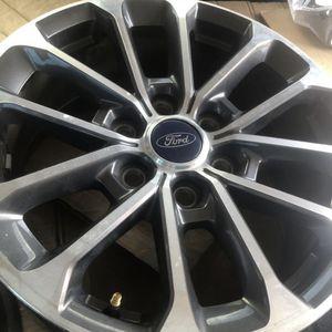 (2) Ford F-150 Wheels 18 Inch for Sale in Hialeah, FL
