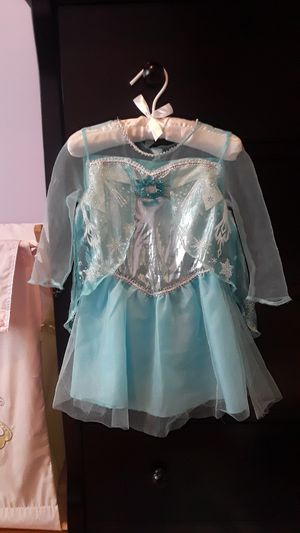 Toddler 2t Frozen Princess Elsa's costume and accessories for Sale in Woonsocket, RI