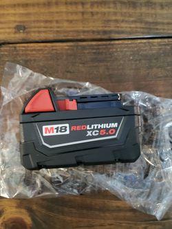 Milwaukee M18 Bateria 5.0 🛑PRECIO FIRME NADA MENOS for Sale in Houston,  TX