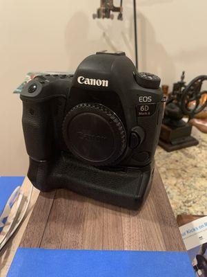 Canon 6d mk ii for Sale in Richmond, VA