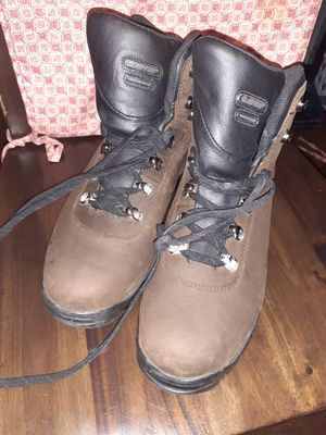 Men Hi-Tech work boots sz 12 for Sale in Cleveland, OH