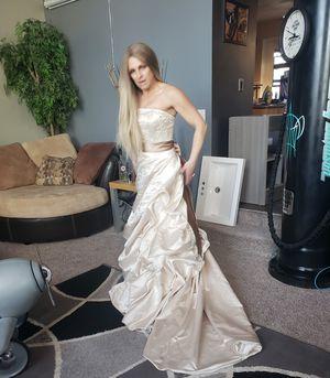 Wedding dress size 7 for Sale in Salt Lake City, UT