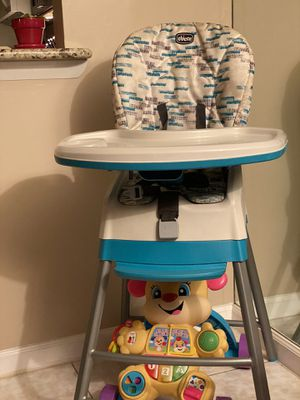High chair for Sale in Hollywood, FL
