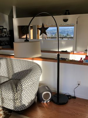 Arching floor lamp for Sale in Bellevue, WA