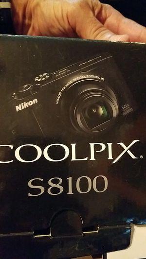 Cool Pix s 8100 camera for Sale in Miami, FL