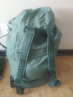 Army duffle/ backpack for Sale in Murfreesboro, TN