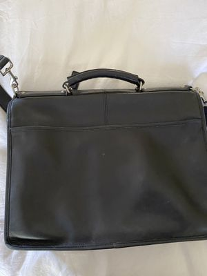 Coach leather messenger bag for Sale in Roswell, GA