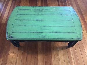 Coffee table for Sale in Redmond, OR