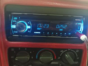 Radio for Sale in Pharr, TX