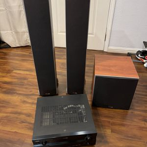Polkaudio Home Theater And Yamaha 7.1 Rx-V2400 for Sale in San Jose, CA