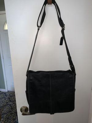 Coach crossbody/messenger black leather for Sale in Orlando, FL