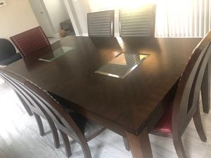Dinner table 6 chairs for Sale in Orlando, FL