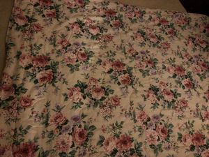 Comforter size 64x68 for Sale in Vancouver, WA