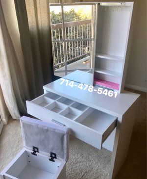 New vanity for Sale in San Diego, CA