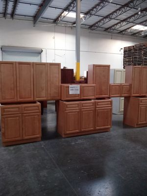 KITCHEN CABINETS for Sale in Chino, CA