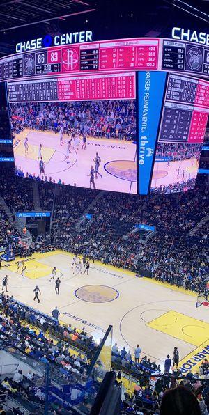 Warriors vs Pelicans for Sale in Hayward, CA