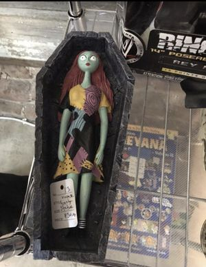 Vintage Nightmare Before Christmas Sally 10.5 inch tall Statue for Sale in Fullerton, CA