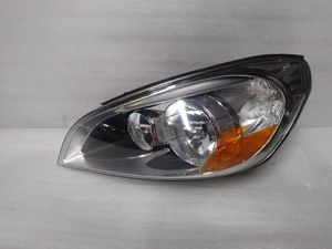 2011 2012 2013 Volvo s60 Headlight for Sale in Los Angeles, CA
